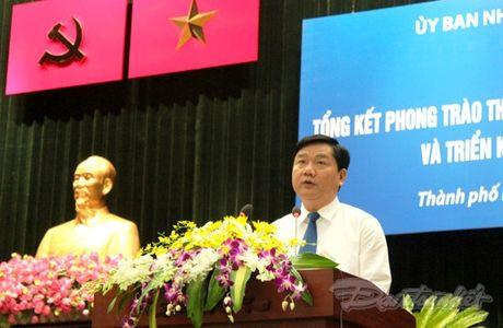Bi thu Dinh La Thang: 'Yeu nuoc…khong phai khoe thanh tich' - Anh 1