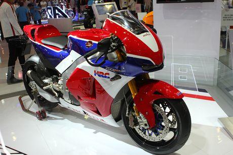 Honda Winner 150 hut khach tai trien lam xe may Viet Nam - Anh 3