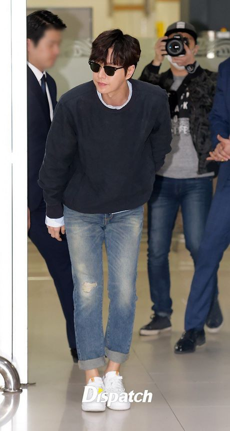Lee Min Ho va sao 'Hau due mat troi' do thoi trang san bay - Anh 2