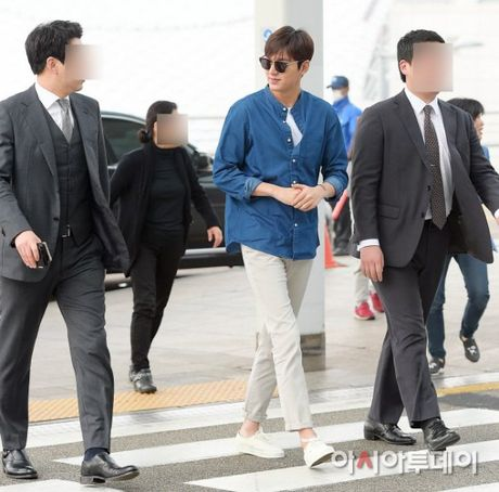 Lee Min Ho va sao 'Hau due mat troi' do thoi trang san bay - Anh 5