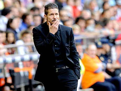 Simeone moi vuc day duoc Man United, chu khong phai Mourinho - Anh 3