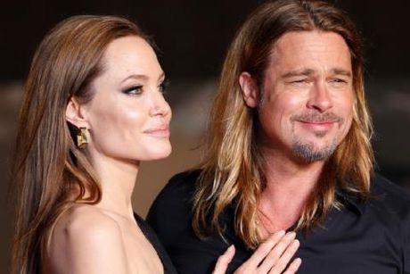 Tap chi 'Life & Style': Angelina Jolie va Brad Pitt da chinh thuc ly than - Anh 2