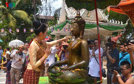 Thu vi voi le hoi don mung nam moi cua nguoi Lao - Anh 3