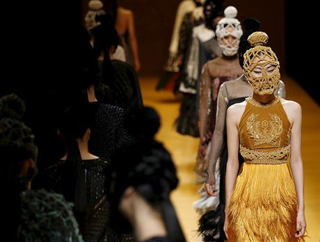 6 diem moi khong the bo qua o Vietnam International Fashion Week 2016 - Anh 5