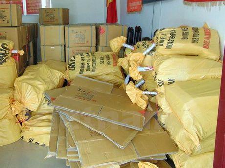 Quang Nam triet pha duong day mua ban vat lieu no lon nhat - Anh 1