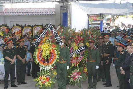 Toan canh Le tang Dai ta Tran Quang Khai phi cong Su-30MK2 - Anh 4