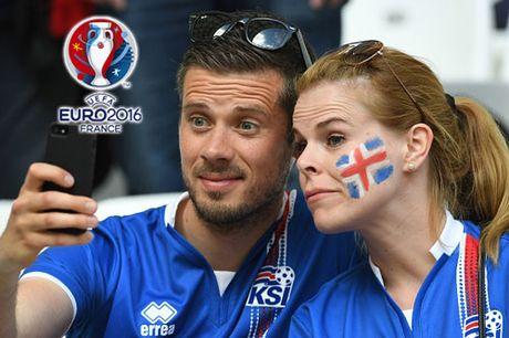 Chum anh CDV nu Iceland va CH Czech khuay dao khan dai EURO - Anh 4