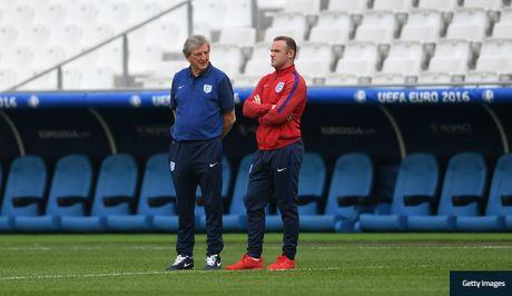 Rooney ung ho HLV Roy Hodgson tiep tuc dan dat doi tuyen Anh - Anh 1
