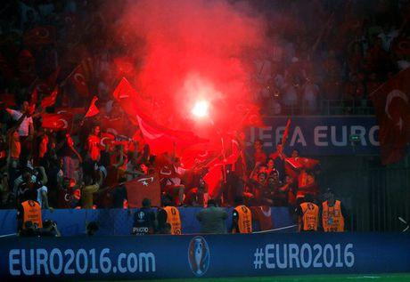 Nhung su co hy huu tai VCK Euro 2016 - Anh 7