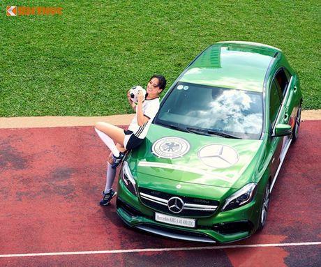 Hoa hau Mai Phuong Thuy cung Mercedes co vu tuyen Duc - Anh 8