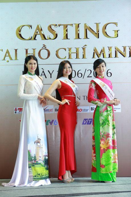 Hoa hau Ban sac Viet toan cau: Thi sinh phia Nam khoe nhan sac ruc ro - Anh 3