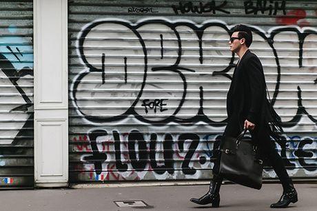 """""""Ban trai tin don"""" cua Do Manh Cuong lich lam dao pho Paris - Anh 15"""