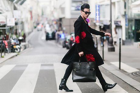 """""""Ban trai tin don"""" cua Do Manh Cuong lich lam dao pho Paris - Anh 6"""