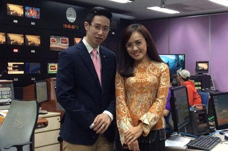 "BTV thoi su Hoai Anh tiet lo ""goc khuat"" ve vay ao len song - Anh 2"