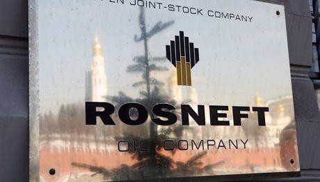 Nga ban mot phan Rosneft cho Trung Quoc va An Do - Anh 1