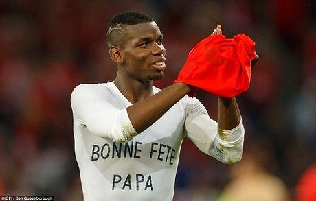 """Anh dep Euro 20/6: Pogba chuc mung """"Ngay cua bo"""" - Anh 11"""