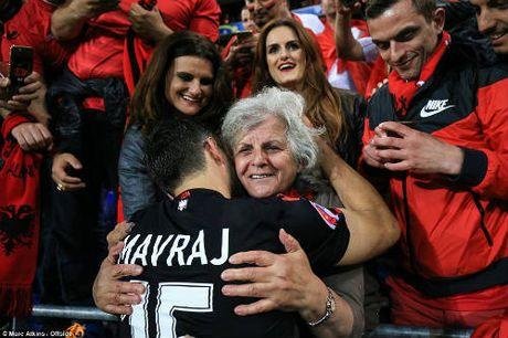 """Anh dep Euro 20/6: Pogba chuc mung """"Ngay cua bo"""" - Anh 4"""