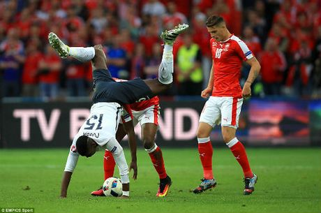 """Anh dep Euro 20/6: Pogba chuc mung """"Ngay cua bo"""" - Anh 6"""