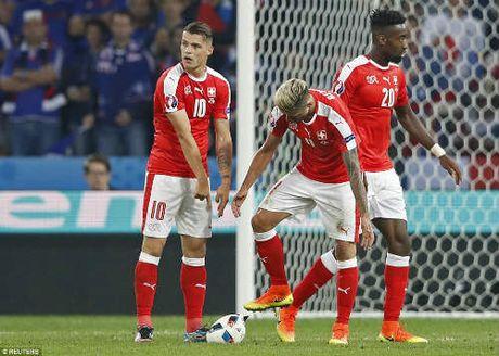 """Anh dep Euro 20/6: Pogba chuc mung """"Ngay cua bo"""" - Anh 7"""