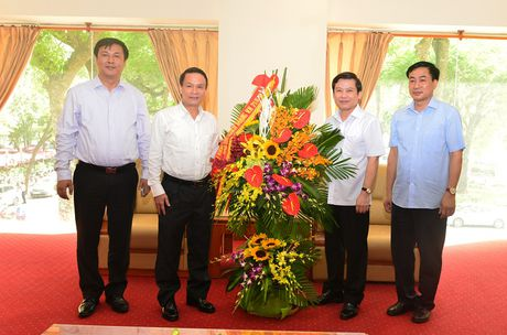 Vien truong VKSNDTC chuc mung cac co quan bao chi nhan Ngay Bao chi cach mang Viet Nam - Anh 2