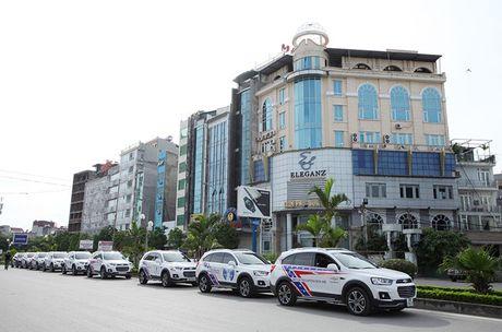 Co hoi trai nghiem Chevrolet Captiva Revv moi tai Ha Noi - Anh 1