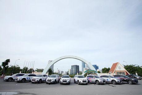 Co hoi trai nghiem Chevrolet Captiva Revv moi tai Ha Noi - Anh 3