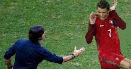 Dieu bo kho do cua Cristiano Ronaldo qua tri tuong tuong cua dan mang - Anh 3