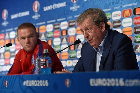 Rooney: 'Hay tin tuong HLV Roy Hodgson' - Anh 1
