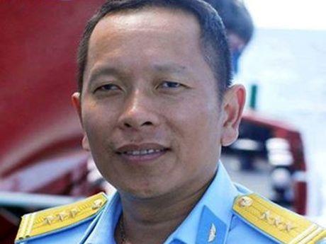 Nhan chuyen vo phi cong Tran Quang Khai duoc dac cach vao vien chuc - Anh 3