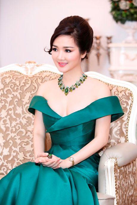 'Hoa hau khong tuoi' Giang My dien dam tre vai goi cam - Anh 6