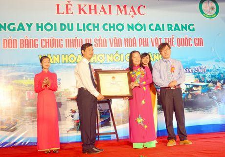 Can Tho: Tung bung Ngay hoi cho noi Cai Rang - Anh 2