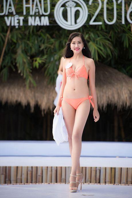 8 vong 3 'ruc lua' nhat dem chung ket Hoa hau Viet Nam - Anh 11