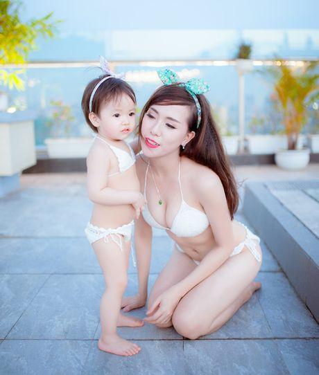 Hot girl Mai Tho khoe dang non na ben con gai - Anh 16
