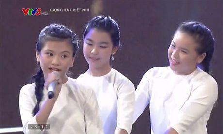 Noo Phuoc Thinh xin Dong Nhi nhan nhom hoc tro cua minh - Anh 1