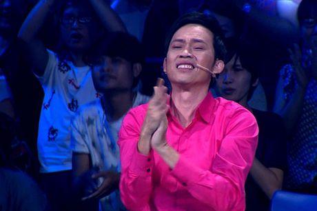 Cau be mien Tay bat khoc khi hat cai luong khien Hoai Linh 'noi da ga' - Anh 2