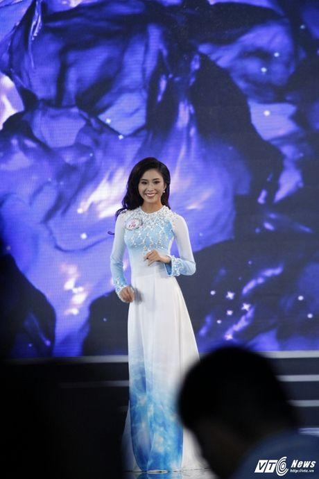 30 nhan sac Hoa hau Viet Nam toa sang trong ao dai 'Ngoc Vien Dong' - Anh 11