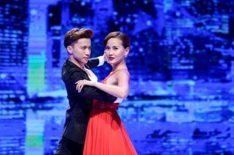 Ho Ngoc Ha bat ngo thay doi nuoc co trong vong ban ket The Face - Anh 4