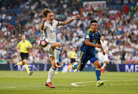 Morata ghi ban sau 833 ngay, Real Madrid chiem ngoi dau La Liga - Anh 3