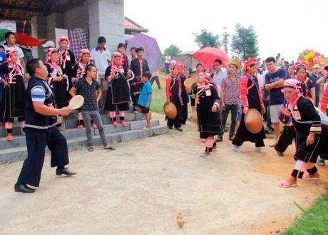 Vui Tet Doc Lap tai Lang van hoa - Anh 1