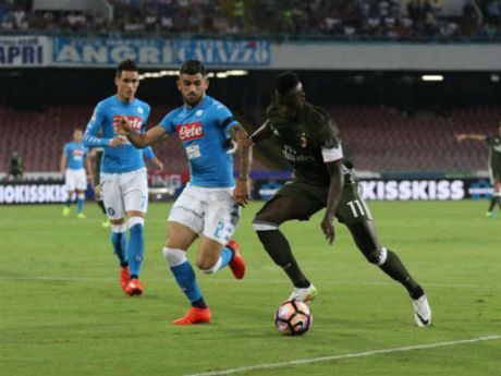 Napoli - Milan: 6 ban thang va 2 the do - Anh 1