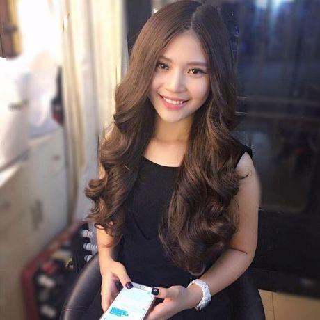 Chung Huyen Thanh xinh khac la khi trang diem tu nhien - Anh 2