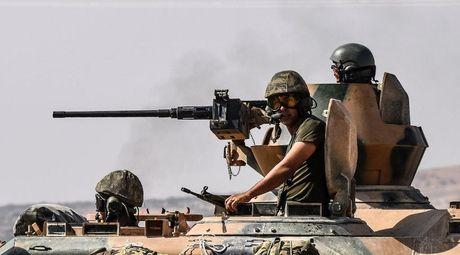 Tho Nhi Ky oanh kich mien bac Syria, 40 thuong dan thiet mang - Anh 1