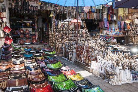 Nhung khu cho nghe thuat noi tieng va lau doi nhat o Bali - Anh 2
