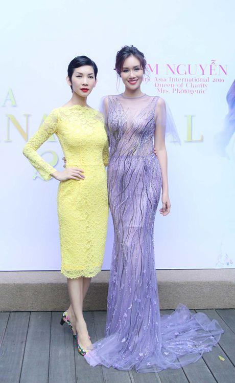 Xuan Lan du tiec chuc mung HH Quy ba chau A Kim Nguyen - Anh 3