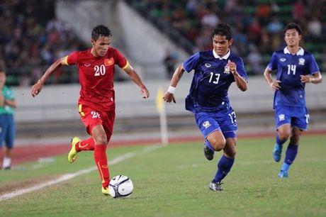 Dau sung ha U18 Sapporo, U19 Viet Nam vo dich giai Tu hung - Anh 1