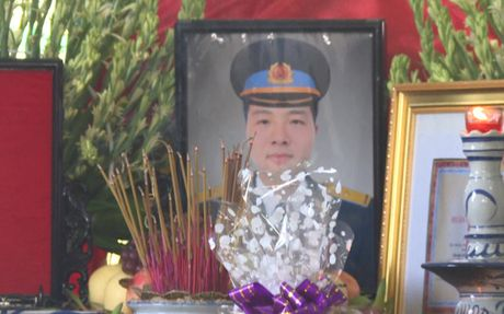 Hinh anh: Xuc dong tien dua Thieu uy phi cong hy sinh khi huan luyen - Anh 10