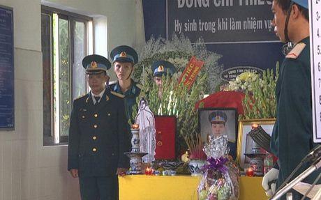 Hinh anh: Xuc dong tien dua Thieu uy phi cong hy sinh khi huan luyen - Anh 8