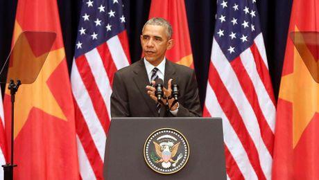 """My """"xoay truc"""" ve dau hau Obama? - Anh 1"""