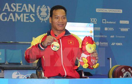 Le Van Cong: Hanh trinh vuot len so phan cua nguoi hung Paralympic - Anh 3