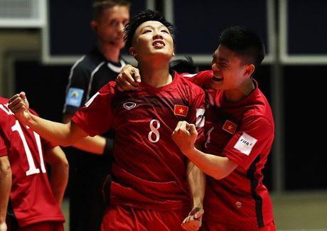 Futsal Viet Nam nhan giai Fair Play tai FIFA Futsal World Cup - Anh 1